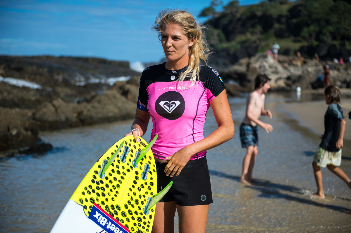 Stephanie Gilmore at the water's edge at Snapper Rocks. Photo courtesy of FCS.